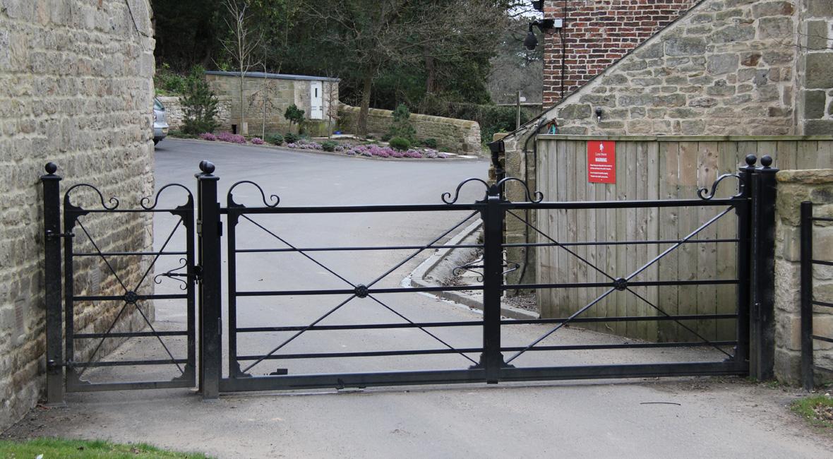 Steel Sliding Gate 8