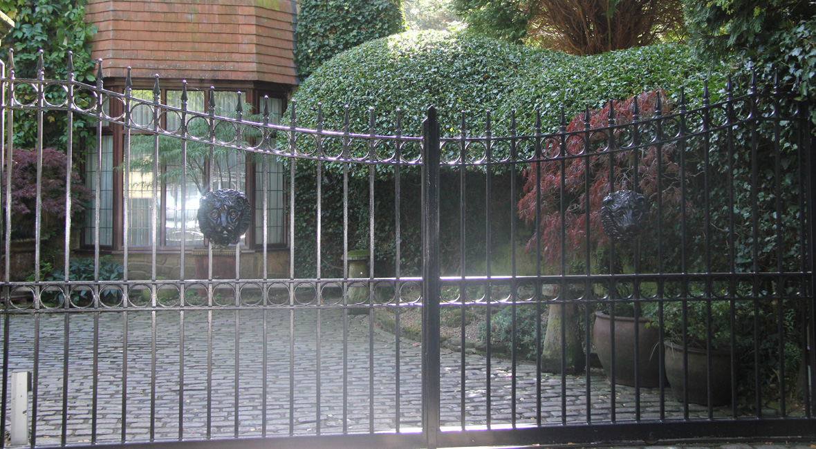 Steel Sliding Gate 9