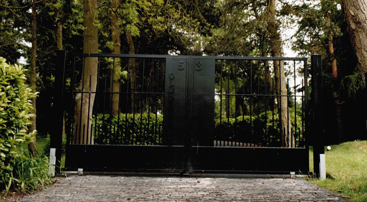 Steel Sliding Gate 16