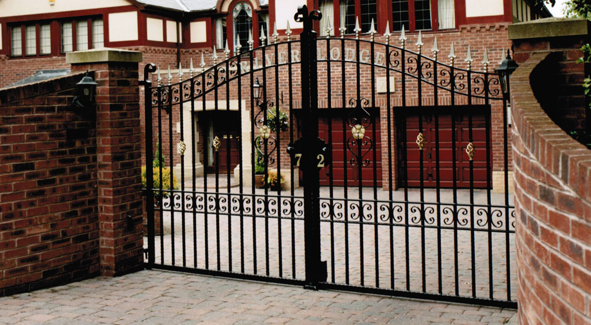 Steel Sliding Gate 18
