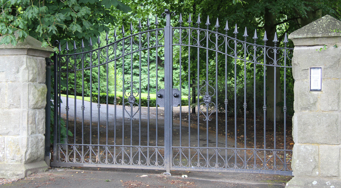 Steel Sliding Gate 19