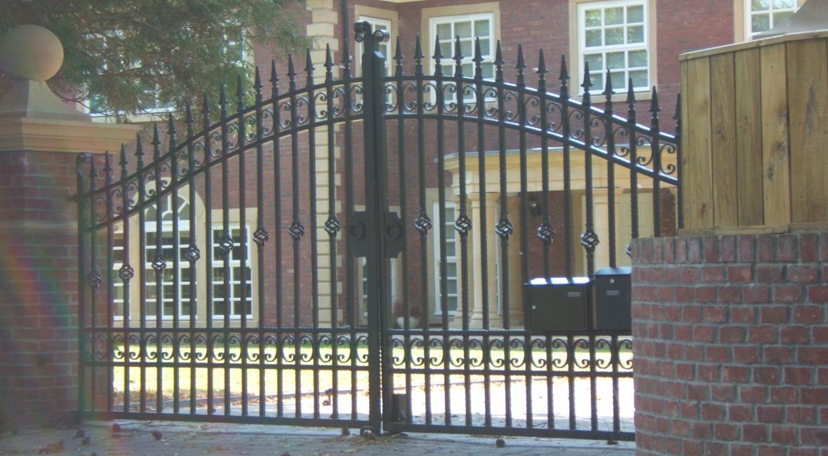 Steel Swing Gate 8