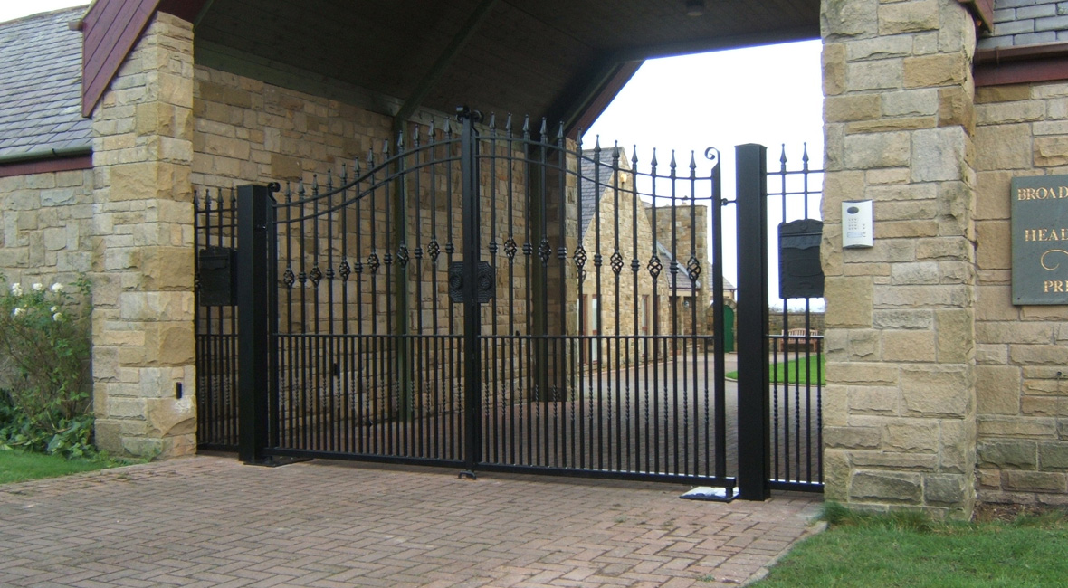 Steel Swing Gate 12