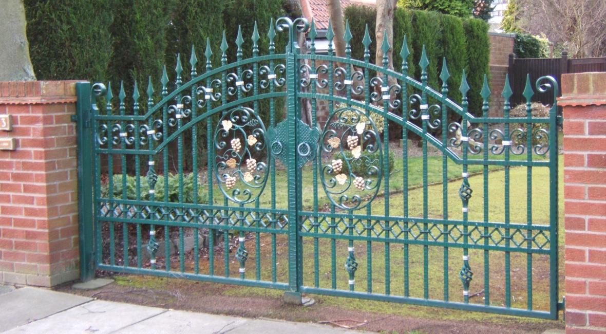 Steel Swing Gate 15