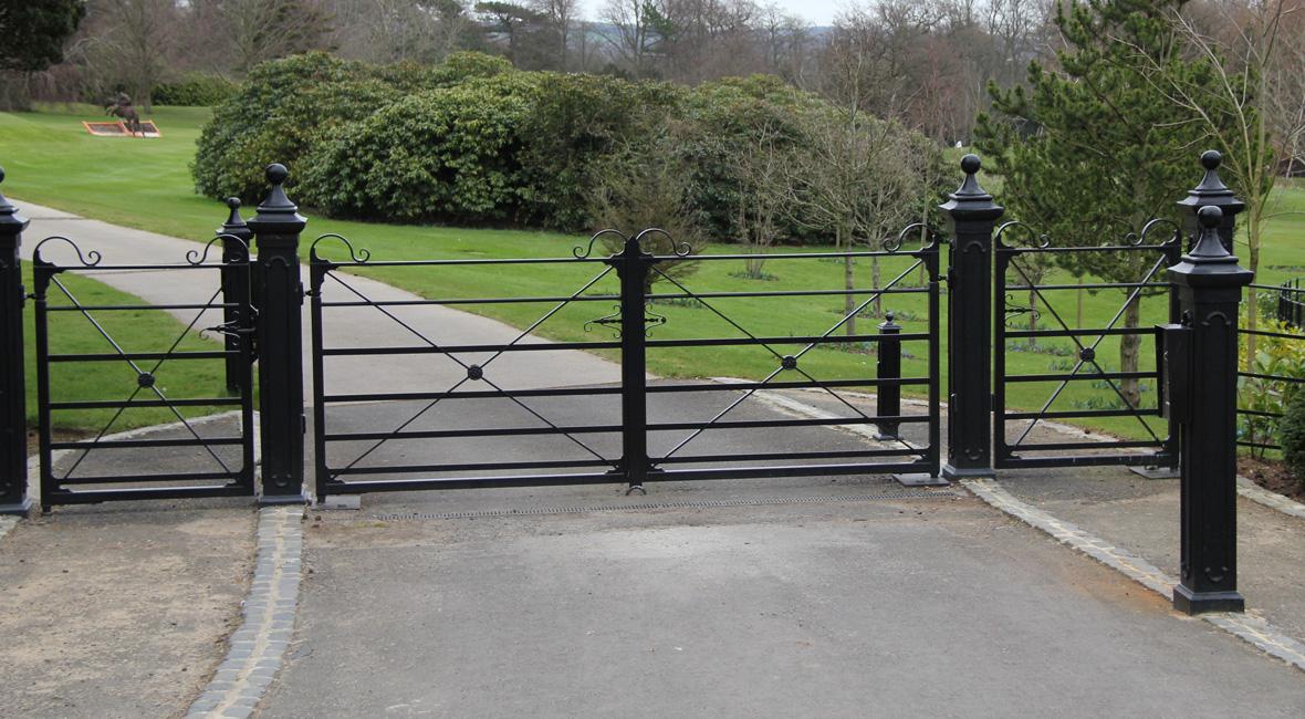 Steel Swing Gate 32