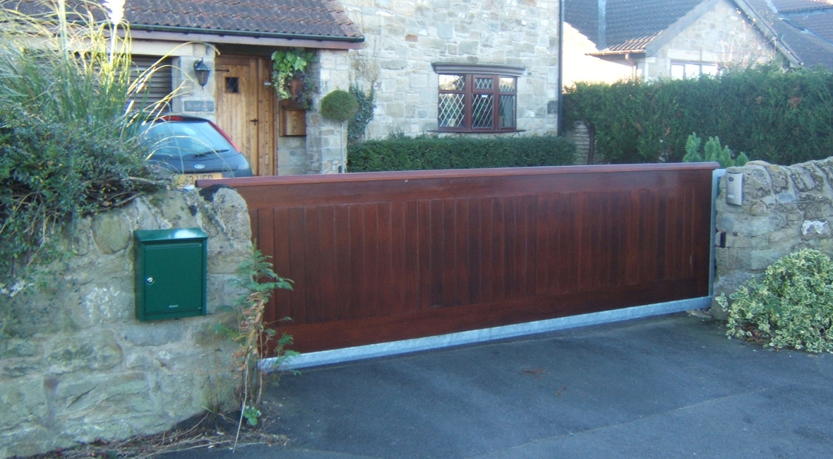 Wooden Sliding Gate 3