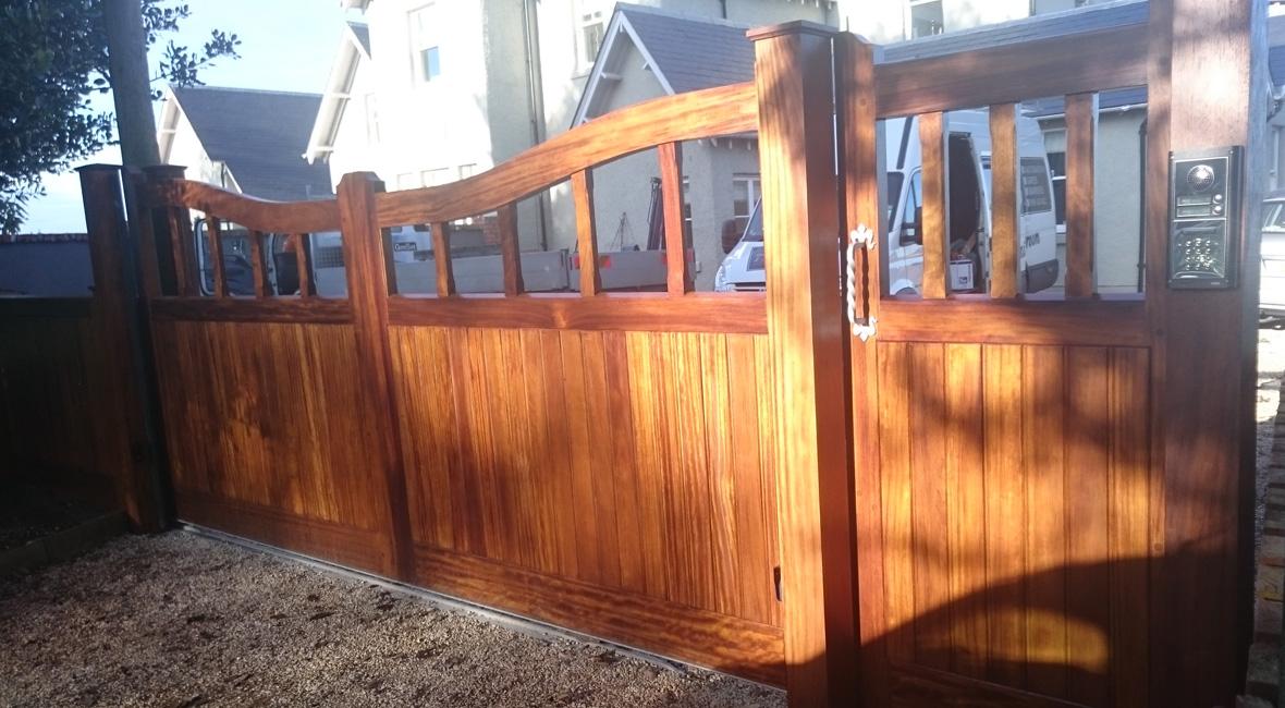 Wooden Sliding Gate 5