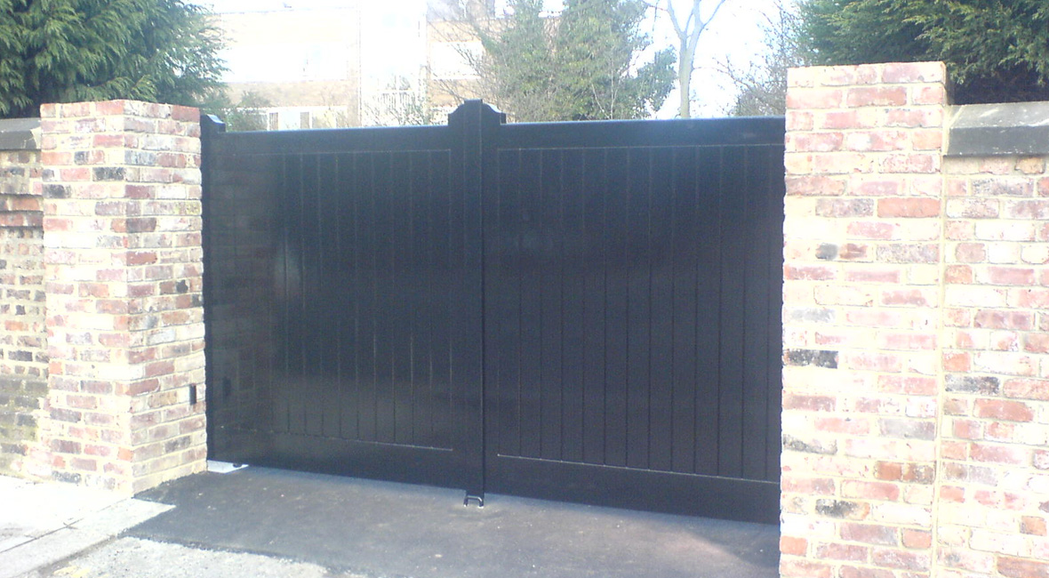 Wooden Sliding Gate 7