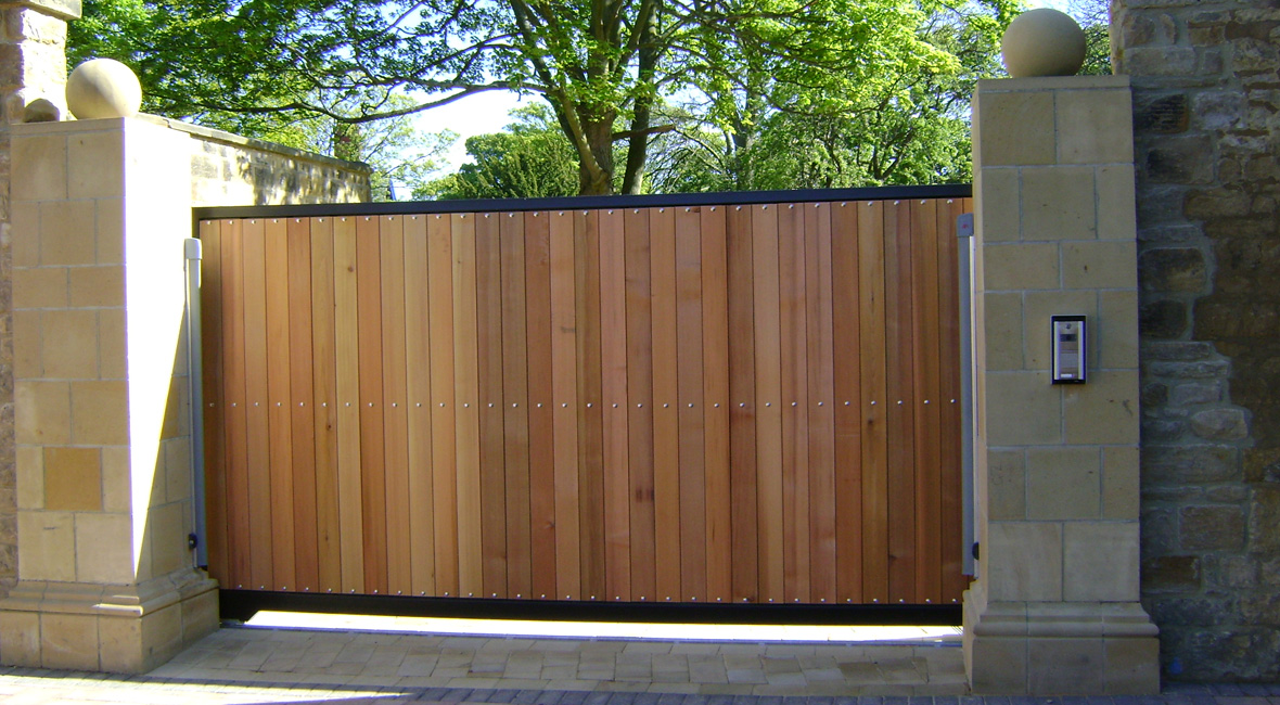 Wood Sliding Prime Security Gate Automation