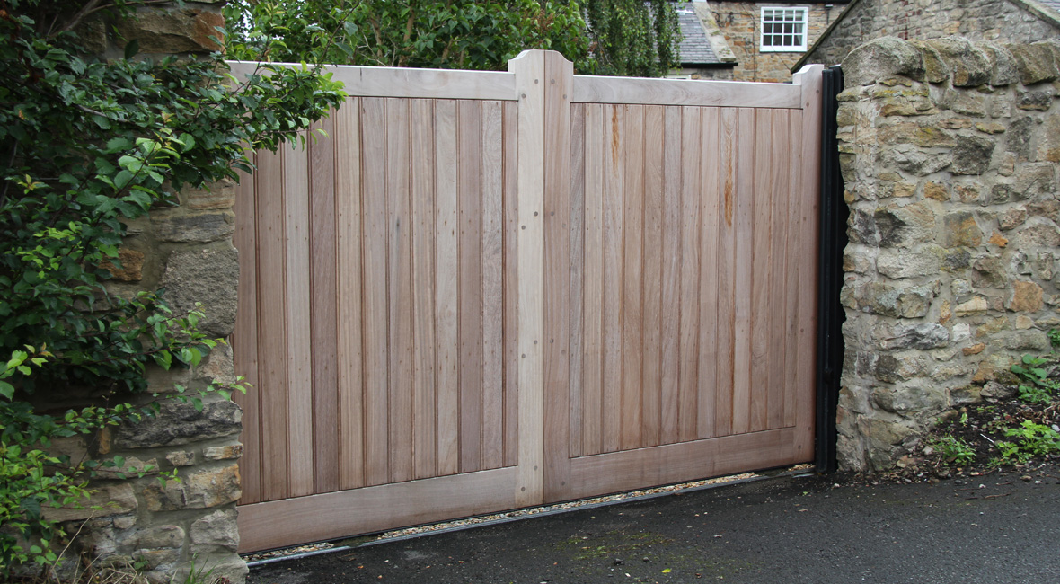Wooden Sliding Gate 13